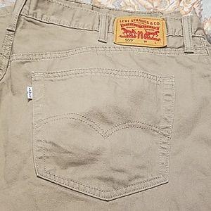 Men's Levi jeans in excellent condition